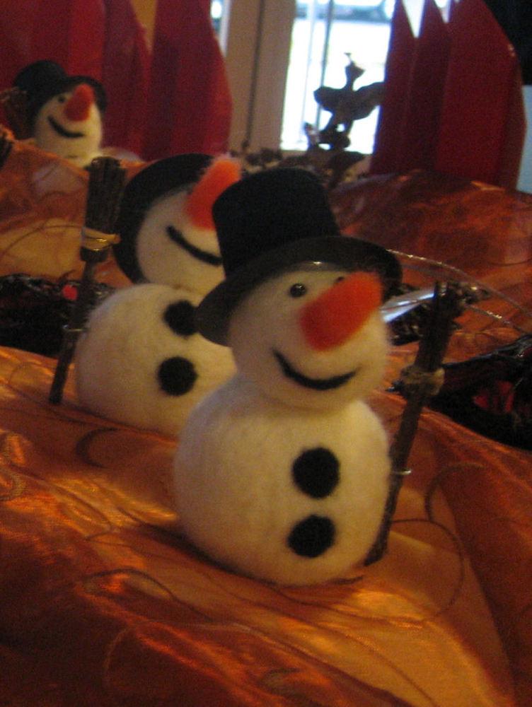 Filz-Schneemänner