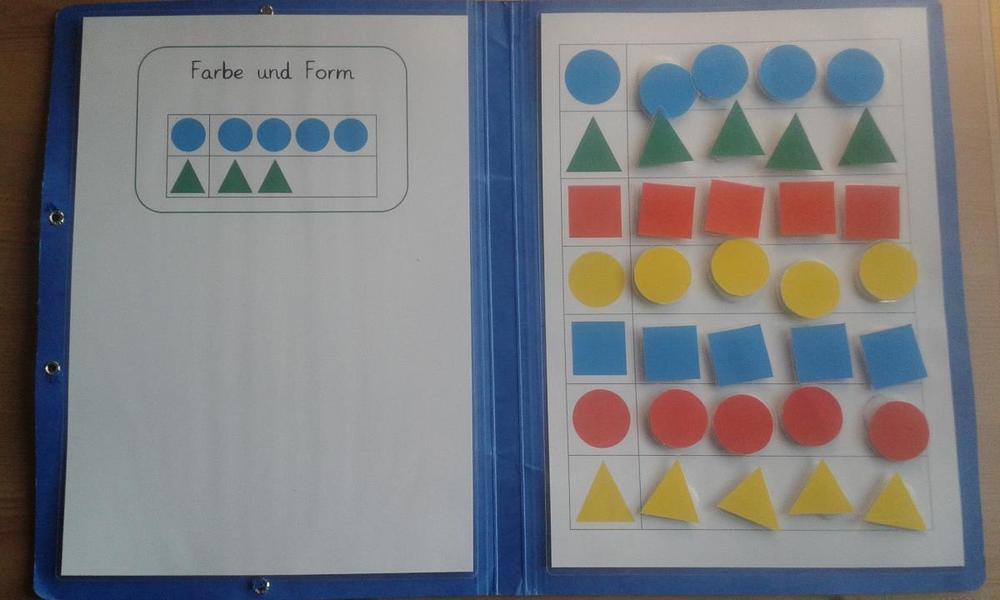 Aufgabenmappe - Sortieren nach Farbe und Form